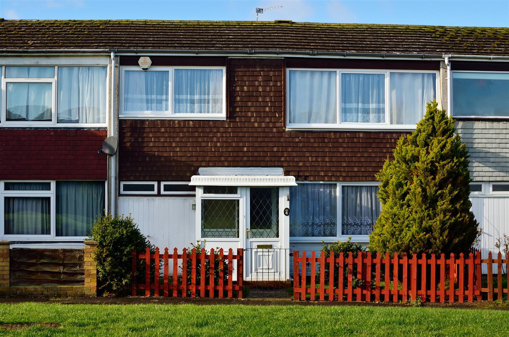 3 Bedrooms Terraced House for sale in Wakefield, Wellingborough